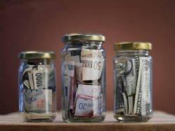 Как сохранить деньги в условиях кризиса
