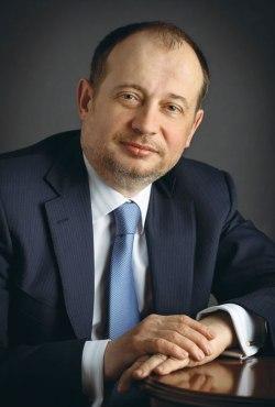 Сталевар Владимир Лисин